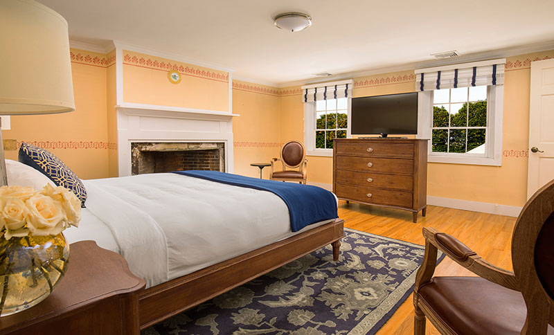 Diman Suite - Two Bedrooms at Bristol Harbor Inn, Rhode Island
