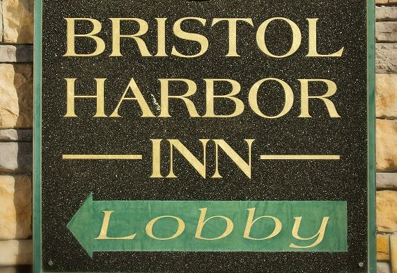 Penthouse Suite - Harborview With Two Bedrooms in Bristol Harbor Inn, Bristol